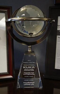 Futuramic-Kuka_Aerospace_Supplier_of_the_Year_Award 03